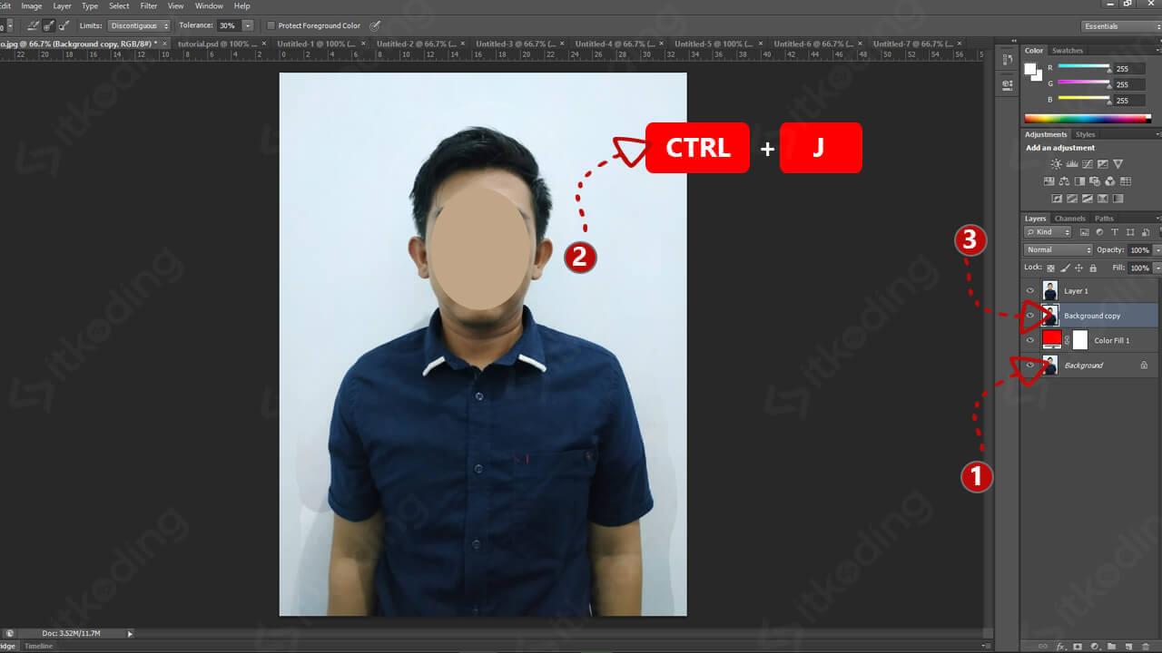 Duplikasi background dengan ctrl j